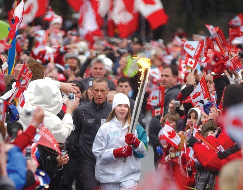 2010-olympics-flame-north-vancouver