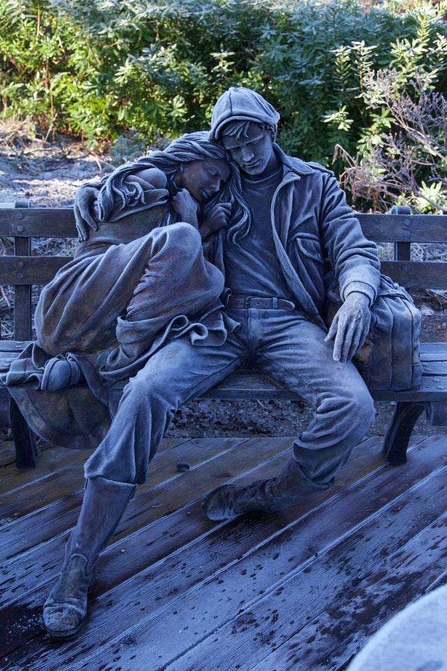 frosty-sculpture-van-dusen-botanical-garden-vancouver