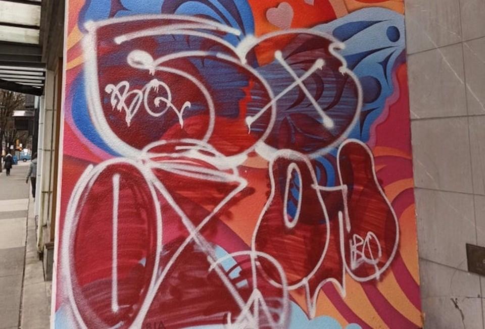 graffiti-mural-feature