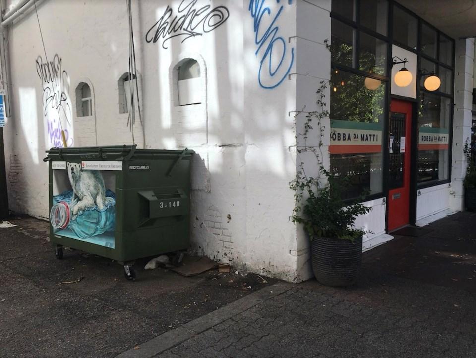 vancouver garbage bin murals 1  (polar bear)