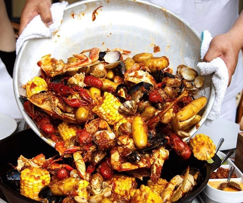 blvd-seafood-boil
