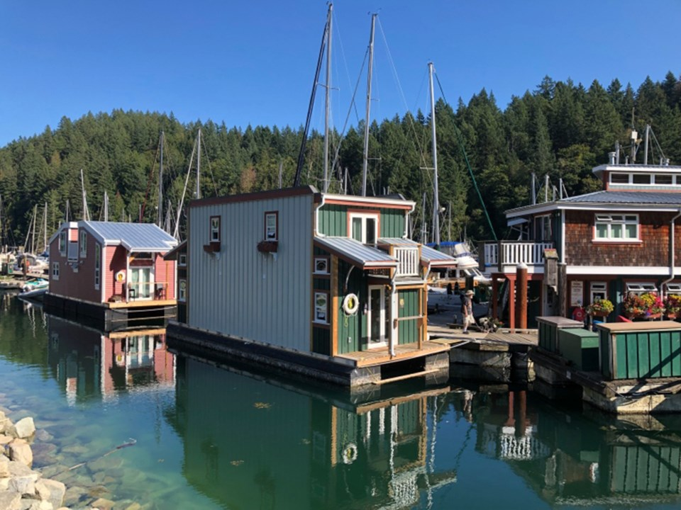 bowen-island-floating-workforce-housing2