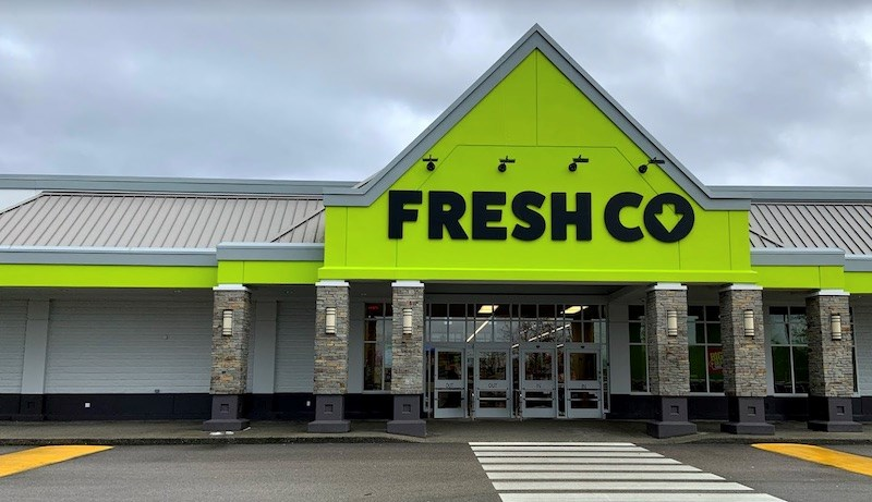 More Metro Vancouver grocery store workers test positive for COVID-19