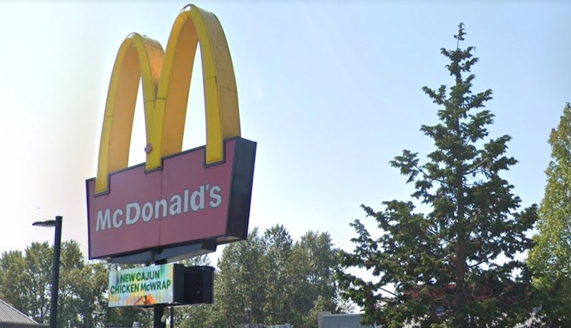 McDonald's employees at three Metro Vancouver locations test positive for COVID-19
