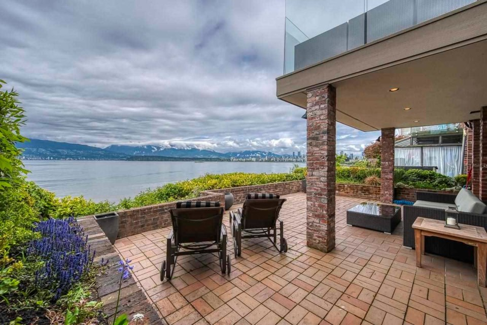 This waterfront home in Kitsilano was designed by world famous architect Arthur Erickson in 1963 and built in 1965.