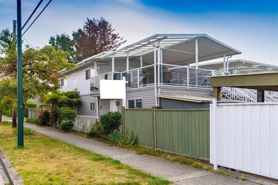 This is what a house selling for the average in Vancouver looks like.