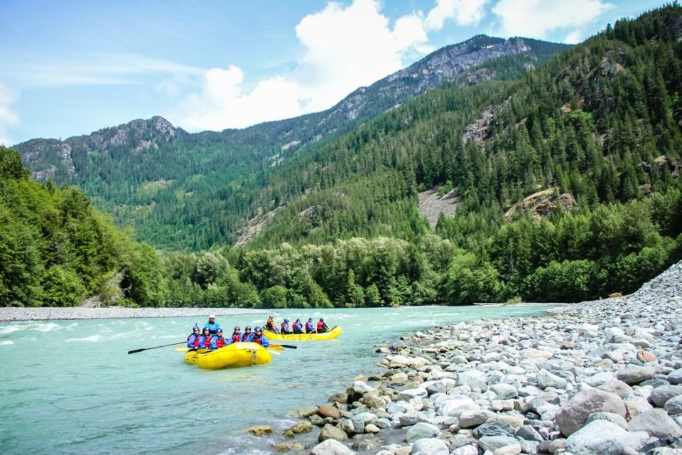 canadian-outback-rafting-elaho-exhilarator