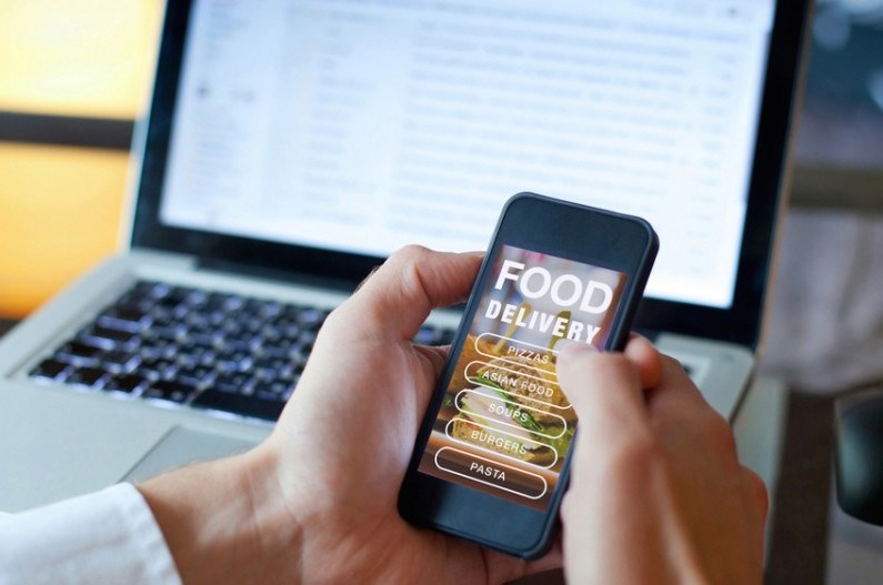 canseco-food-delivery-songaboutsummer-shutterstock