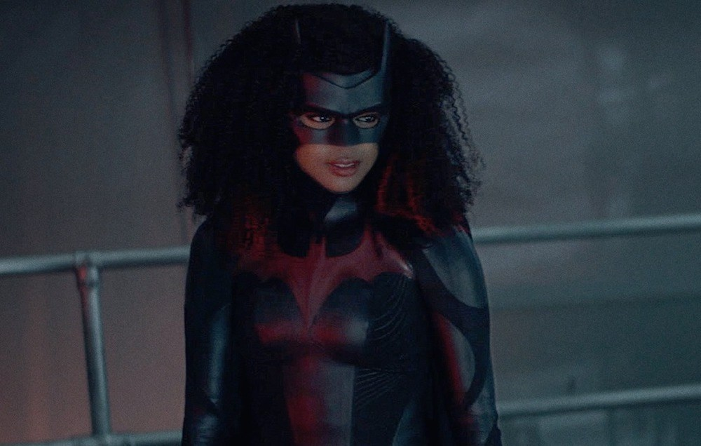 Batwoman shoot in Downtown Vancouver calls for 'exposed weapons' tomorrow