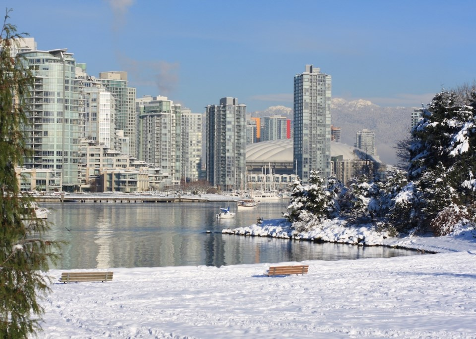 la nina winter snow downtown vancouver