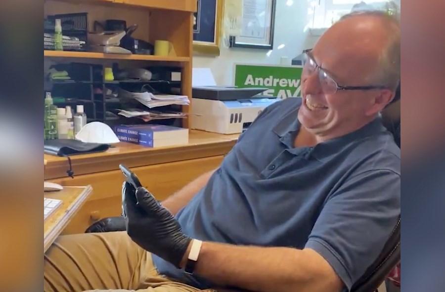 andrew-weaver-black-gloves