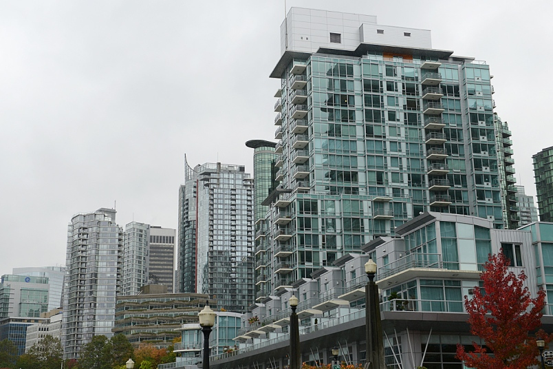 Vancouver's weak luxury-home sector dragging on overall recovery: Sotheby's