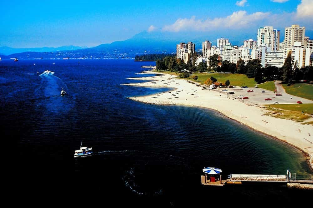 Will there be another scorching hot heat wave in Metro Vancouver this summer?
