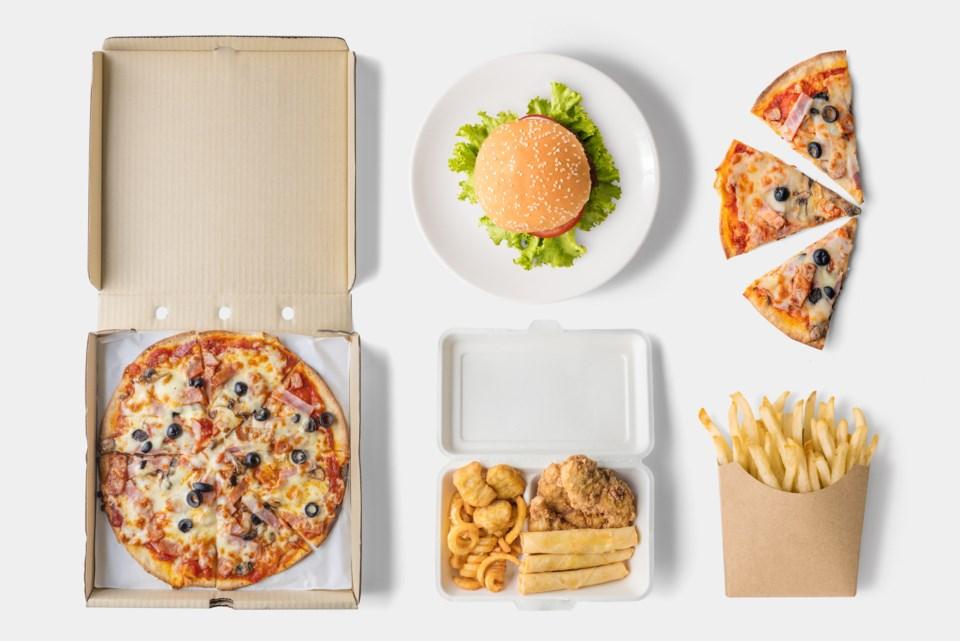 fast-food-flatlay