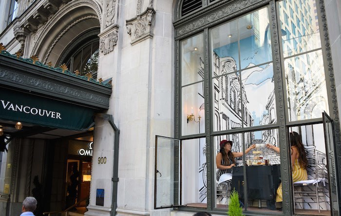 afternoon-tea-window-hotel-vancouver
