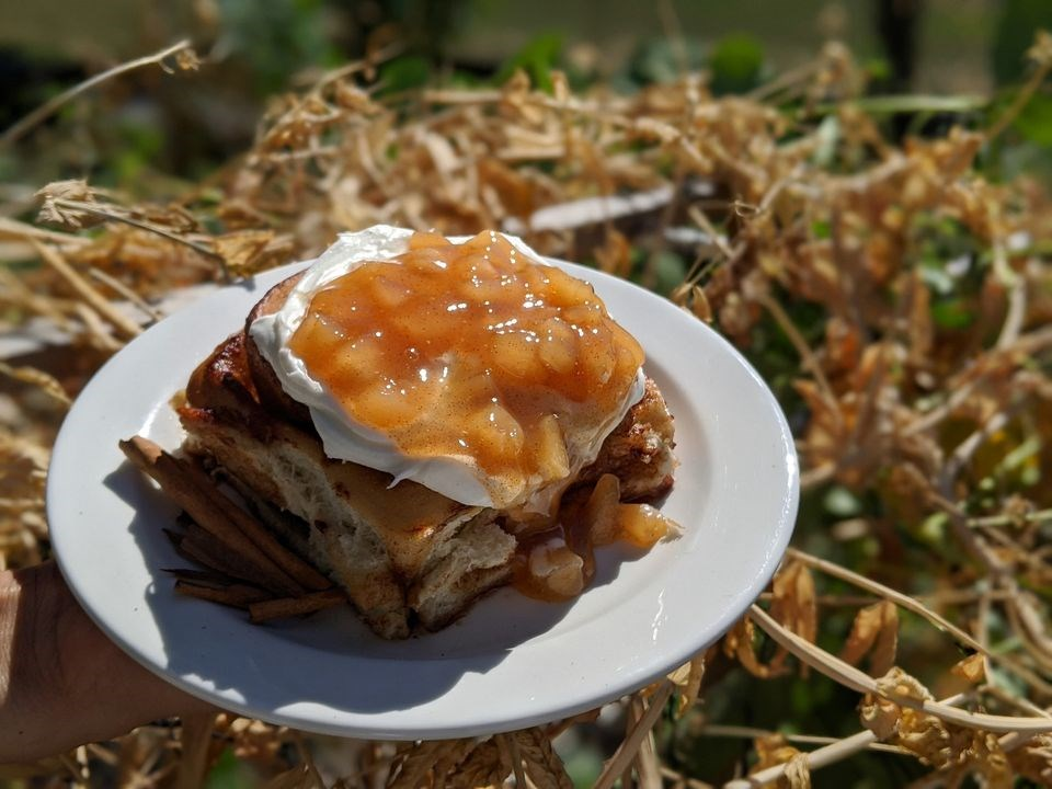apple-buns-grounds-for-coffee