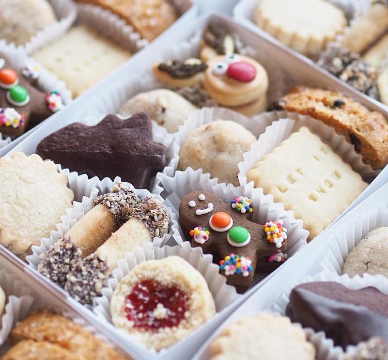 butter-baked-goods-cookie-box