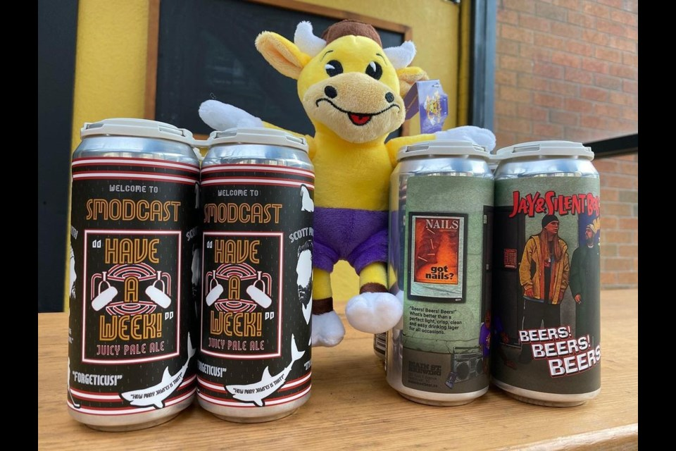 The two Kevin Smith beers with Mooby.