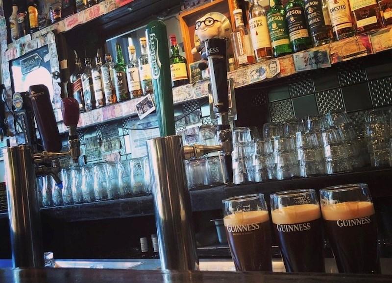 johnnie-foxs-irish-pub-vancouver-bc
