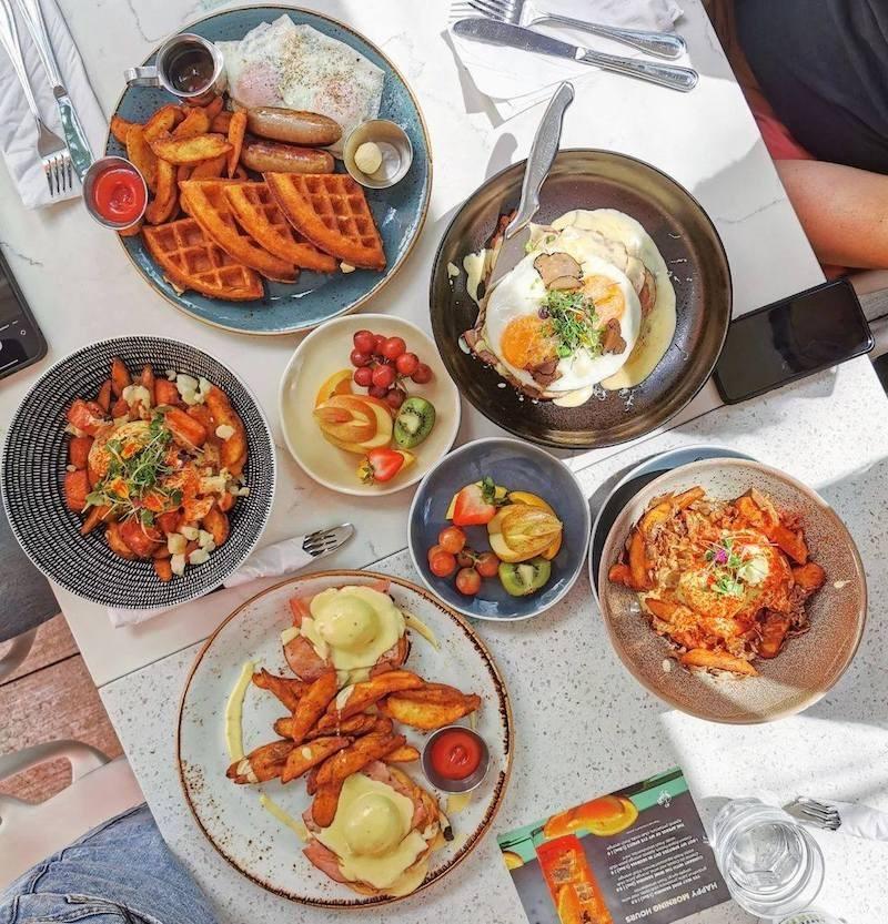 oeb-breakfast-co-yaletown-vancouver-bc