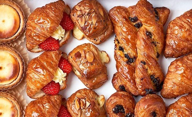 paris-baguette-pastries