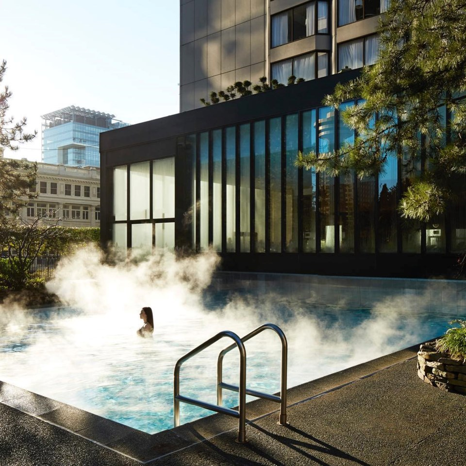 four-seasons-hotel-vancouver