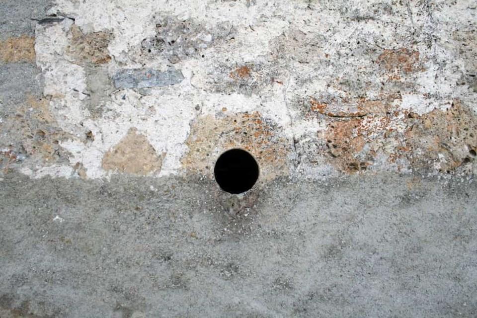 glory-hole-feature