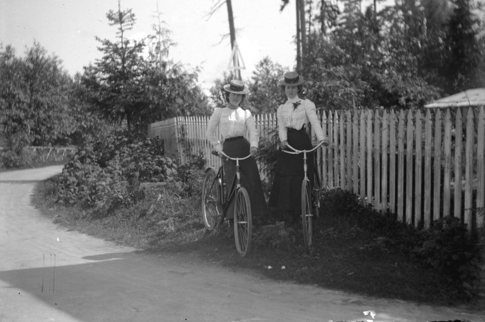 cov-cyclists-archive