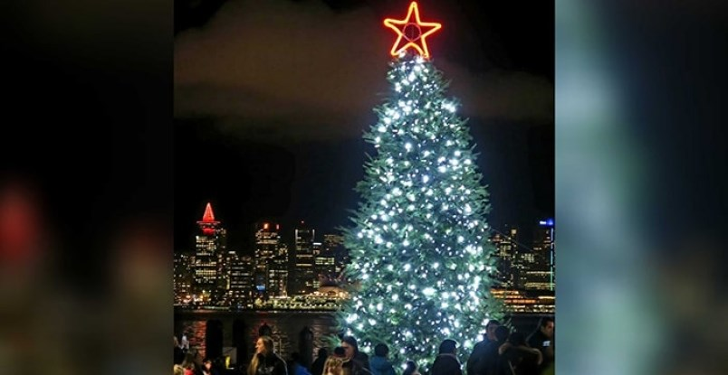 chritsmas-festival-tree-north-vancouver-bc