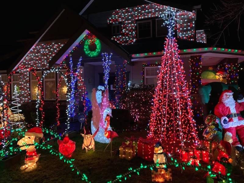 house-christmas-lights-vancouver-bc