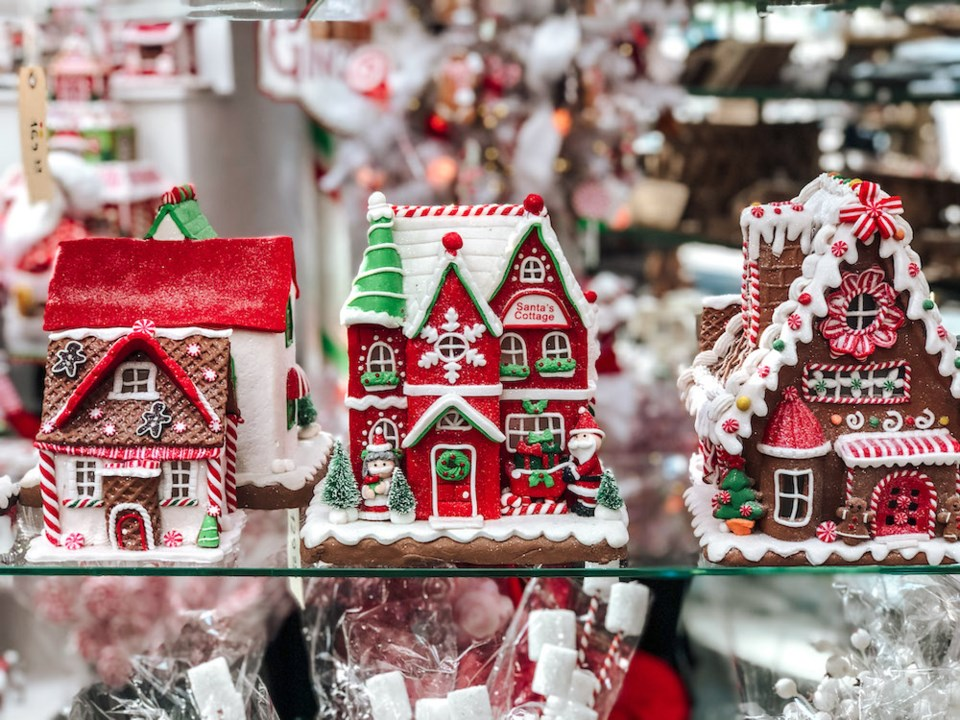 potters-christmas-store-gingerbread