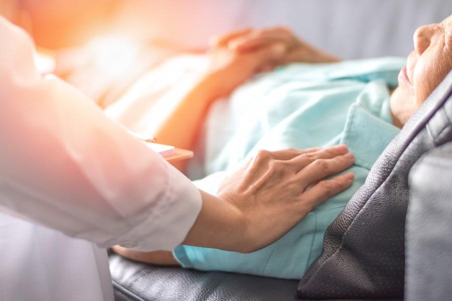 hospice-patient-bed
