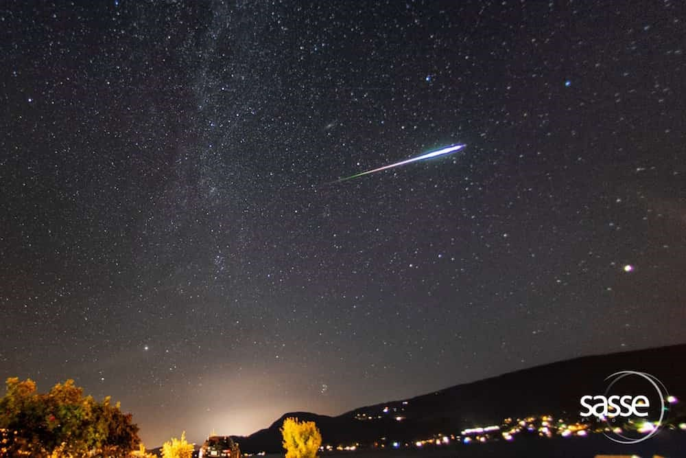 B.C. man captures awe-inspiring snap of multi-coloured shooting star (PHOTO)