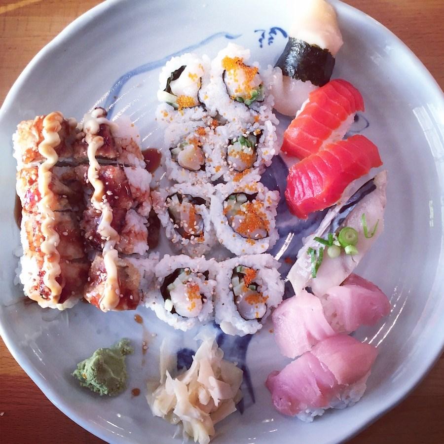 mt-fuji-sushi-plate