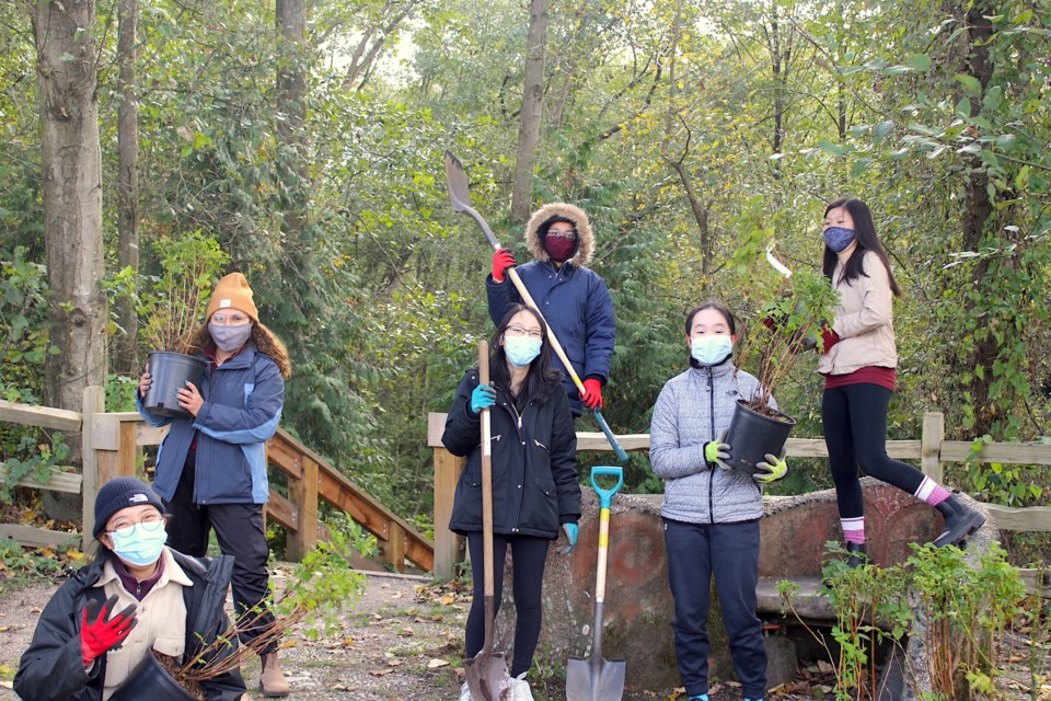 The Environmental Youth Alliance's (EYA) Native Plant Landscaping project based in the Strathcona Community Garden in Vancouver, B.C. got a funding boost.