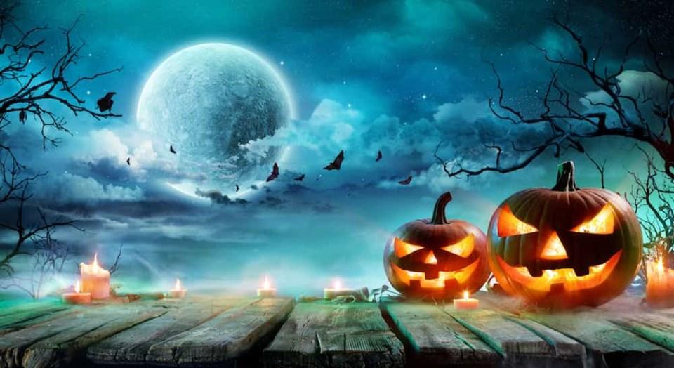 halloween-full-moon