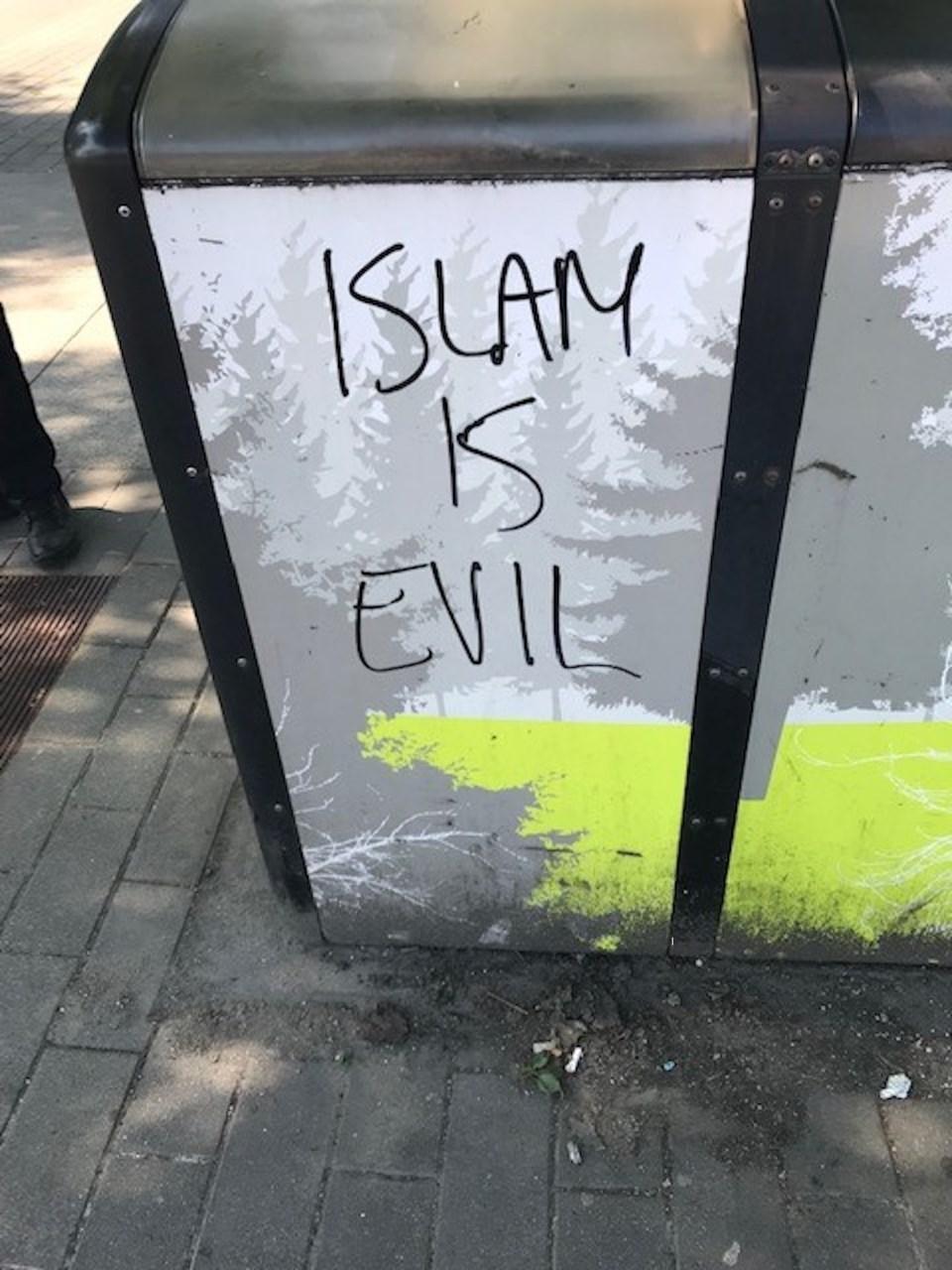 Anti Islam Graffitti vancouver