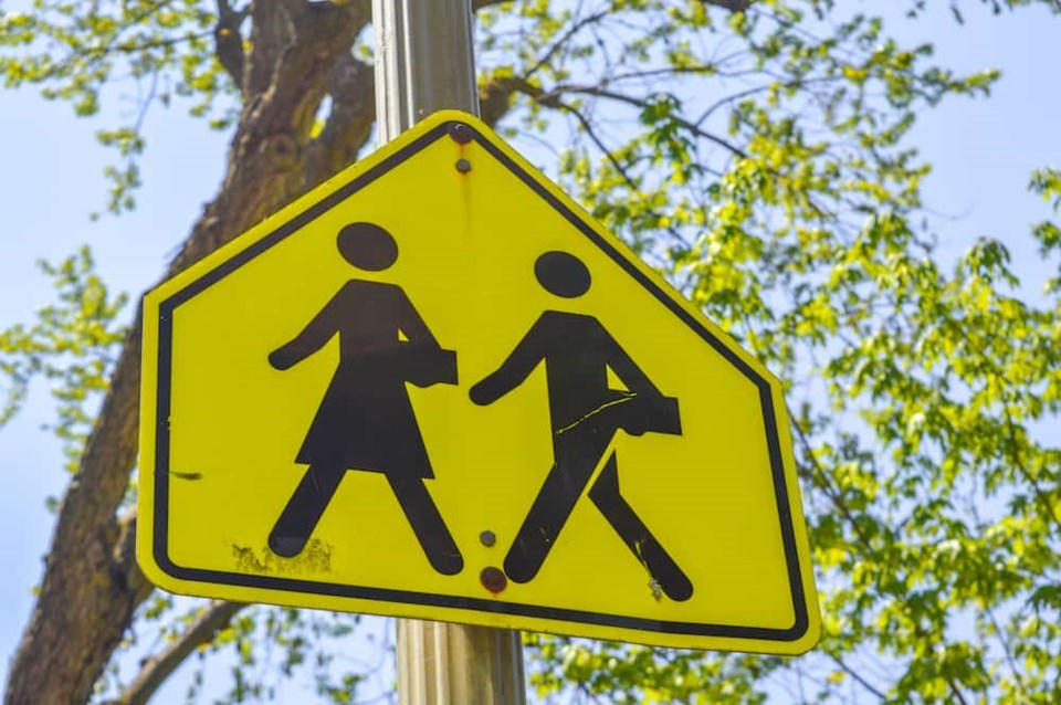 school-zone-crossing