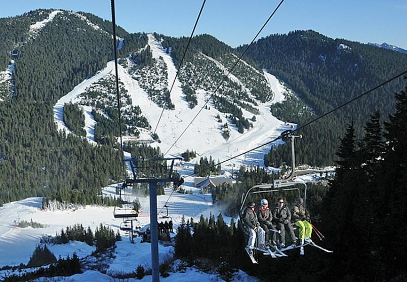 ski-lift-north-shore-news