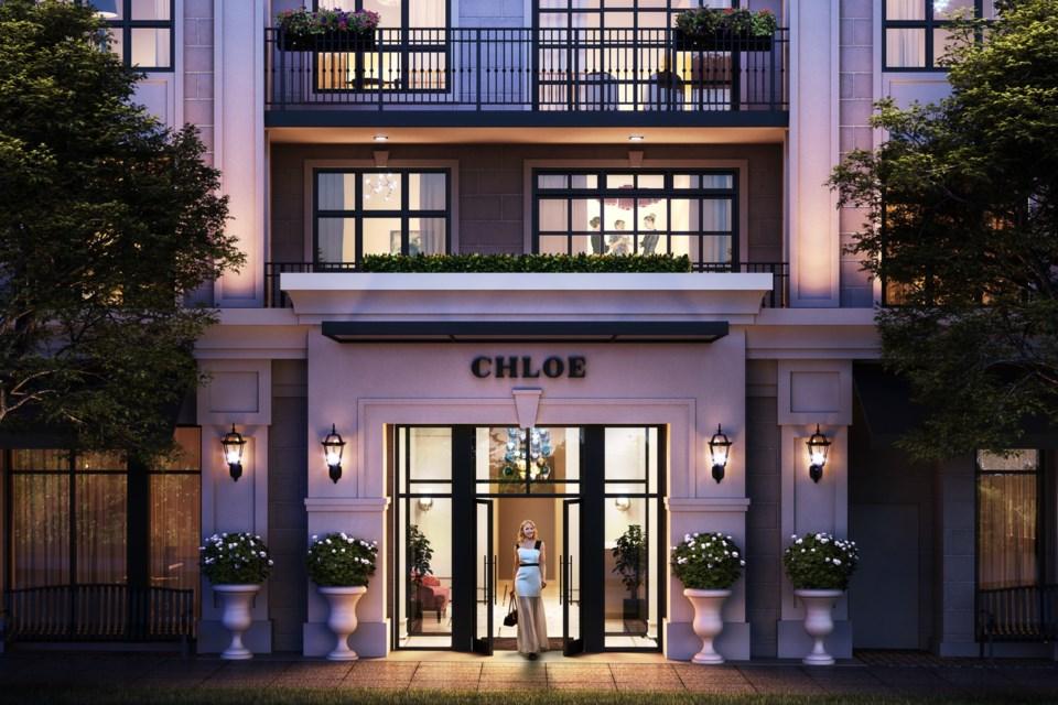 Chloe_Entrance2_Bobbi Bysouth_HZ