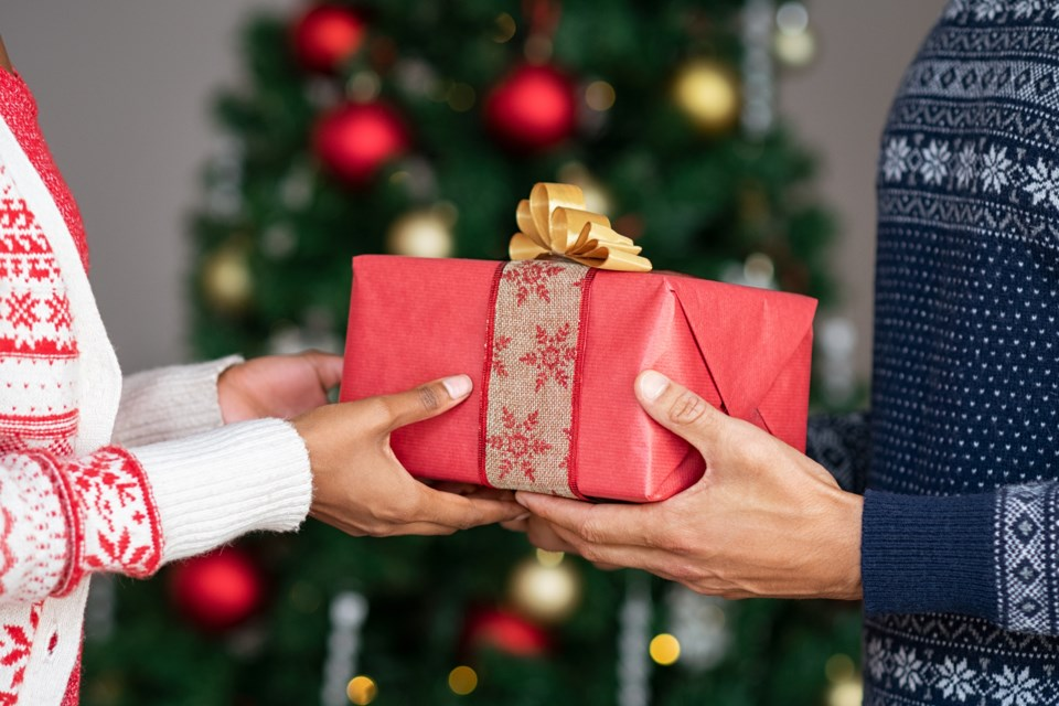 Very-Vancouver-Holiday-Gift-GuideGettyImages-1158241210