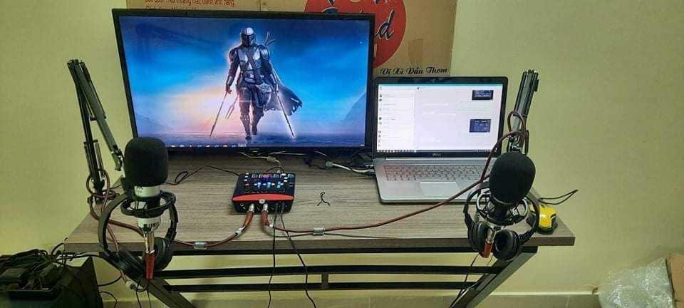 HNIC from Hanoi microphone setup