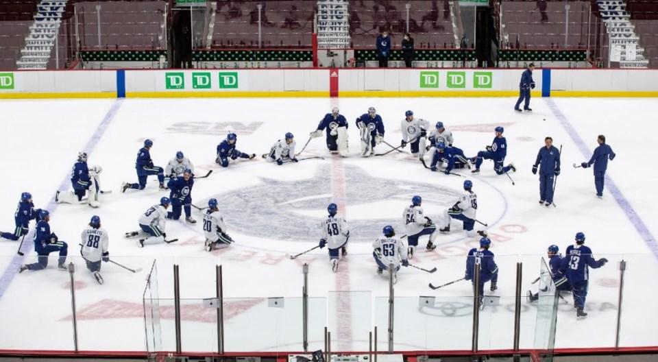 Vancouver-Canucks-practice-1040x572 darryl dyck cp