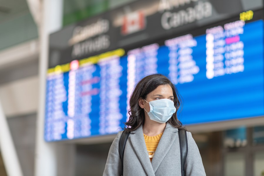 canada-arrivals-airport-face-mask