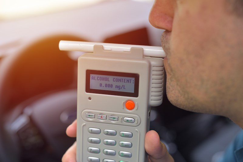 dui-roadside-breathalyzer