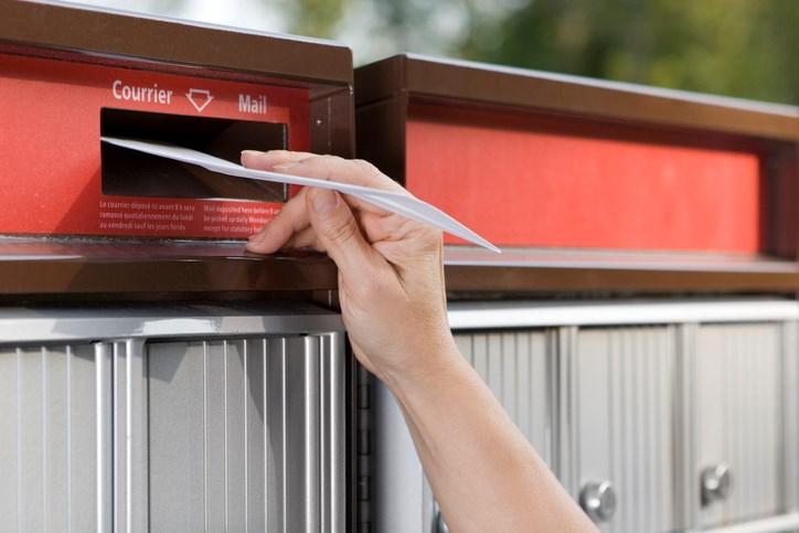 mailbox-canada-post-mailing