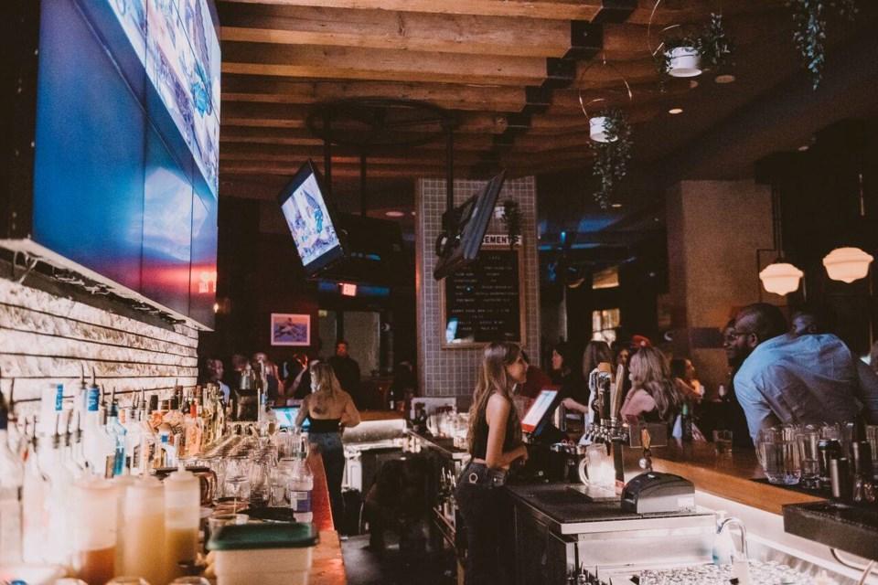 the-charles-bar-interior
