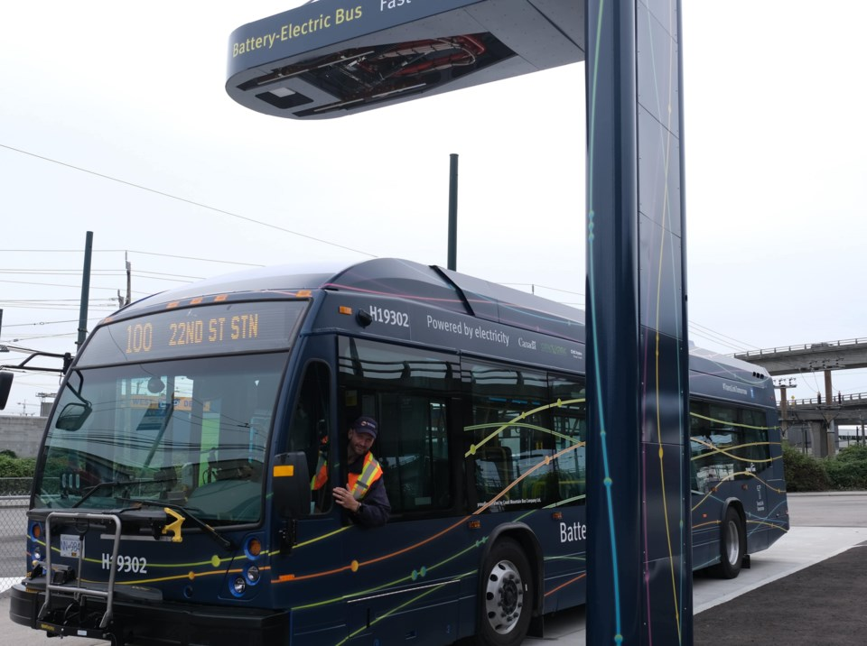 electric_bus_with_charger