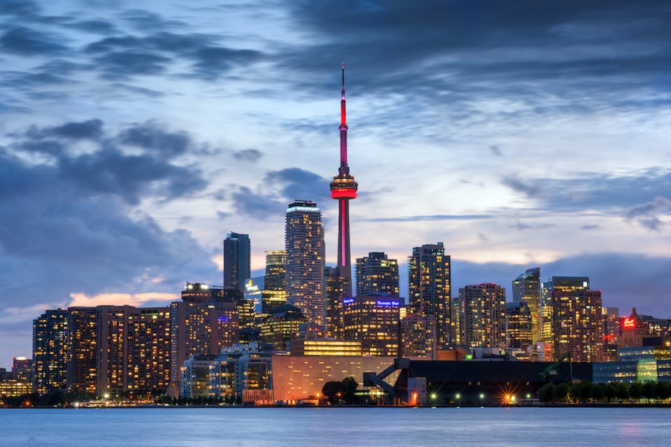 vancouver-flight-toronto-abbstord-swoop-sale-july-2021