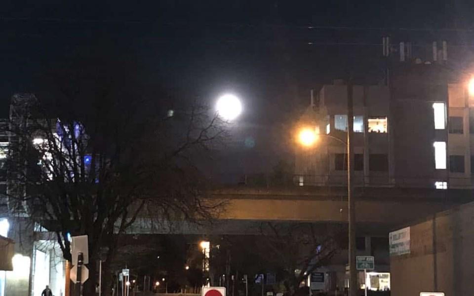 vancouver-supermoon-march